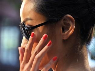 Tweexy - podstawka do malowania paznokci